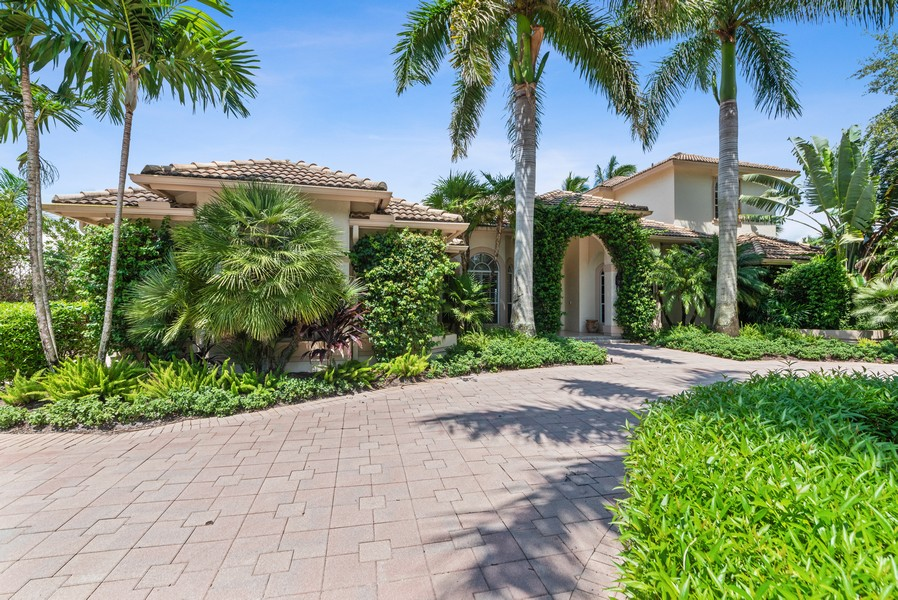 Real Estate Photography - 1314 Breakers West Blvd, West Palm Beach, FL, 33411 - Side View