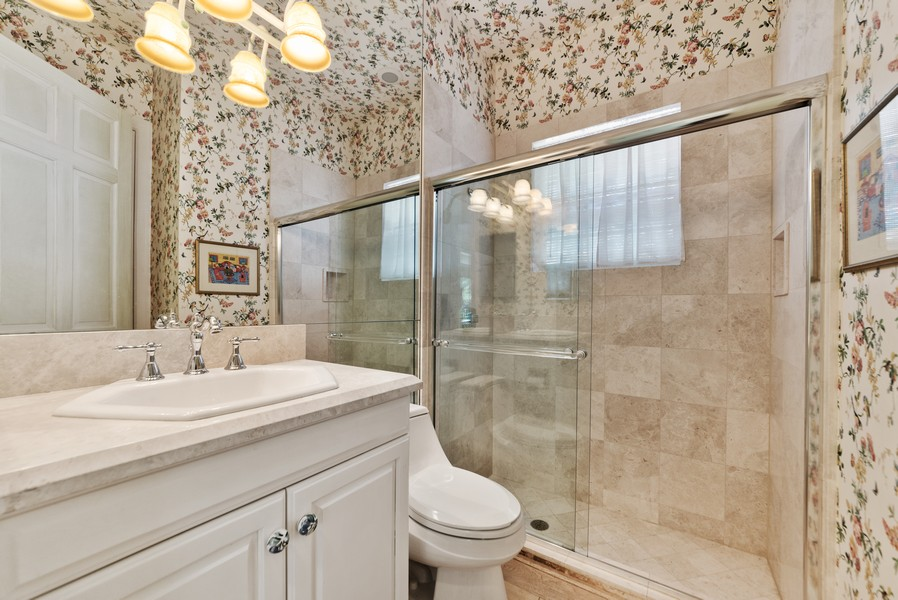 Real Estate Photography - 1314 Breakers West Blvd, West Palm Beach, FL, 33411 - 2nd Bathroom