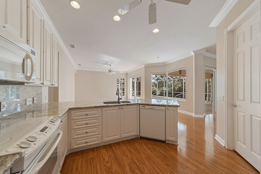 Real Estate Photography - 7210 Crystal Lake Drive, West Palm Beach, FL, 33411 - Kitchen / Breakfast Room