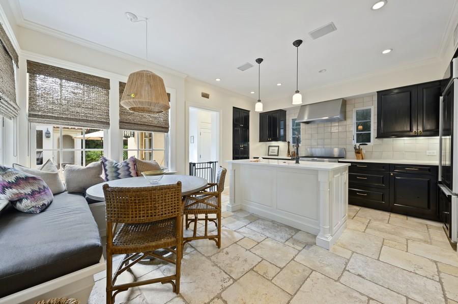 Real Estate Photography - 2415 Aravale Road, West Palm Beach, FL, 33401 - Kitchen / Breakfast Room