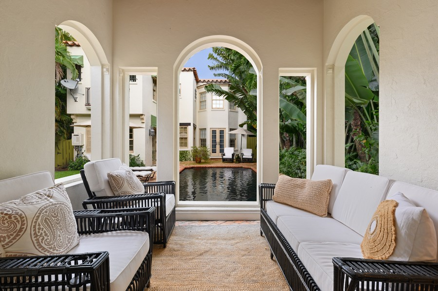 Real Estate Photography - 2415 Aravale Road, West Palm Beach, FL, 33401 - Guest House Living Room