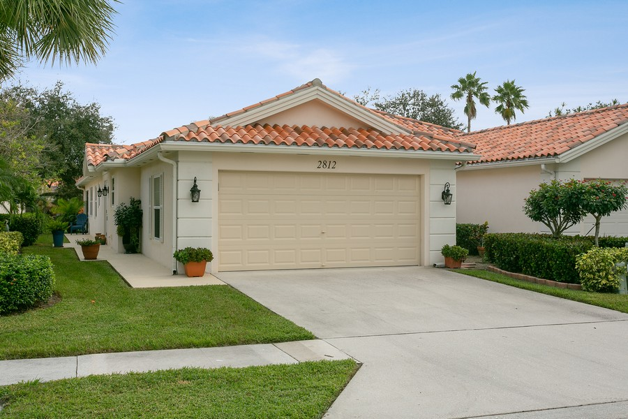 Real Estate Photography - 2812 Livingston Lane, West Palm Beach, FL, 33411 -