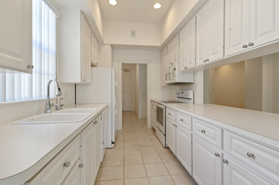 Real Estate Photography - 2741 James River Road, West Palm Beach, FL, 33411 - Kitchen