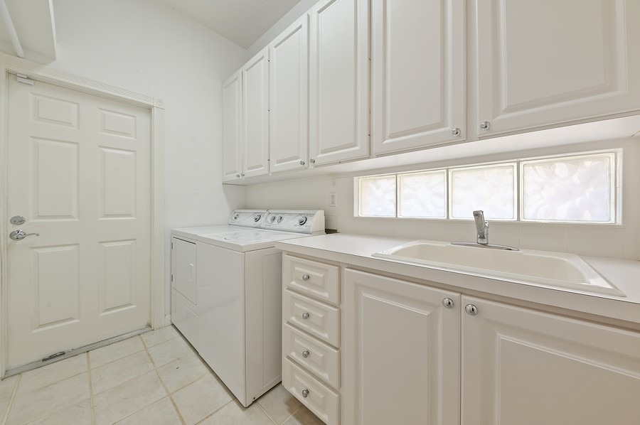 Real Estate Photography - 2741 James River Road, West Palm Beach, FL, 33411 - Laundry Room