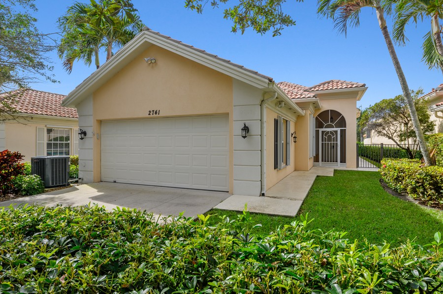 Real Estate Photography - 2741 James River Road, West Palm Beach, FL, 33411 - Front View