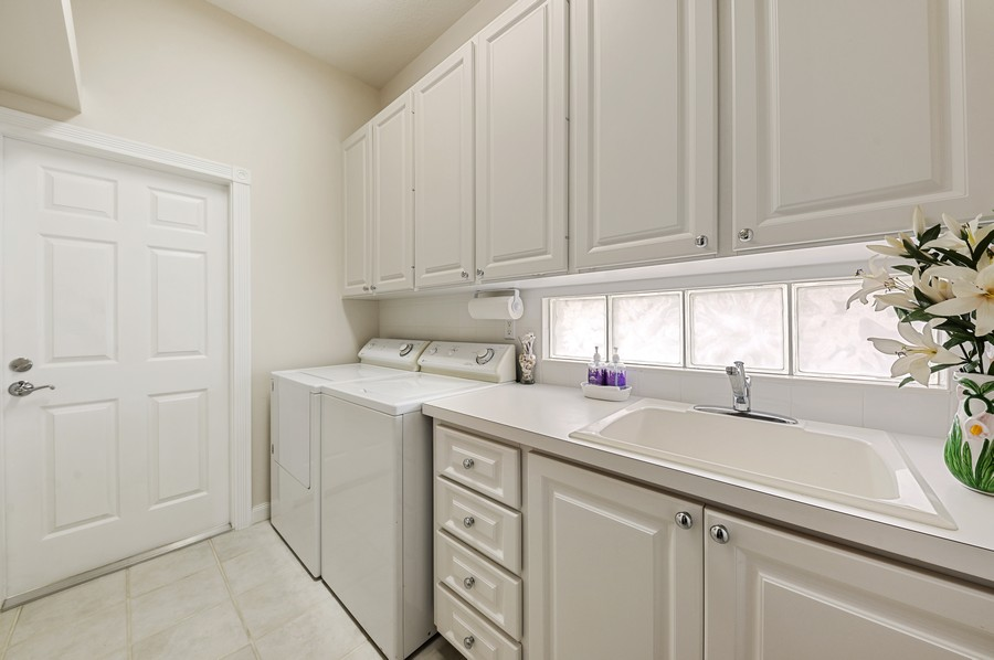 Real Estate Photography - 2746 James River Road, West Palm Beach, FL, 33411 - Laundry Room