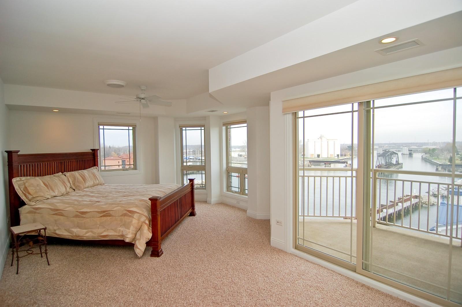 Real Estate Photography - 200- 7B Lake Street, St Joseph, MI, 49085 - Master Bedroom