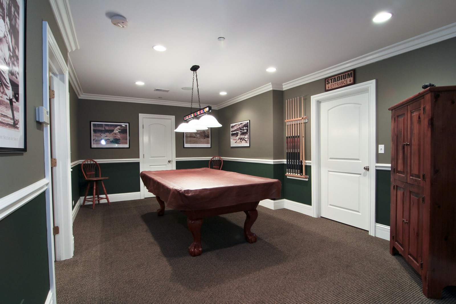 Real Estate Photography - 127 Tuttle, Claredon Hills, IL, 60514 - Pool Room