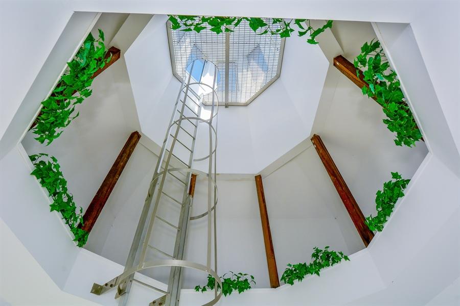 Real Estate Photography - 33 Red Bridge, Center Moriches, NY, 11934 - Loft