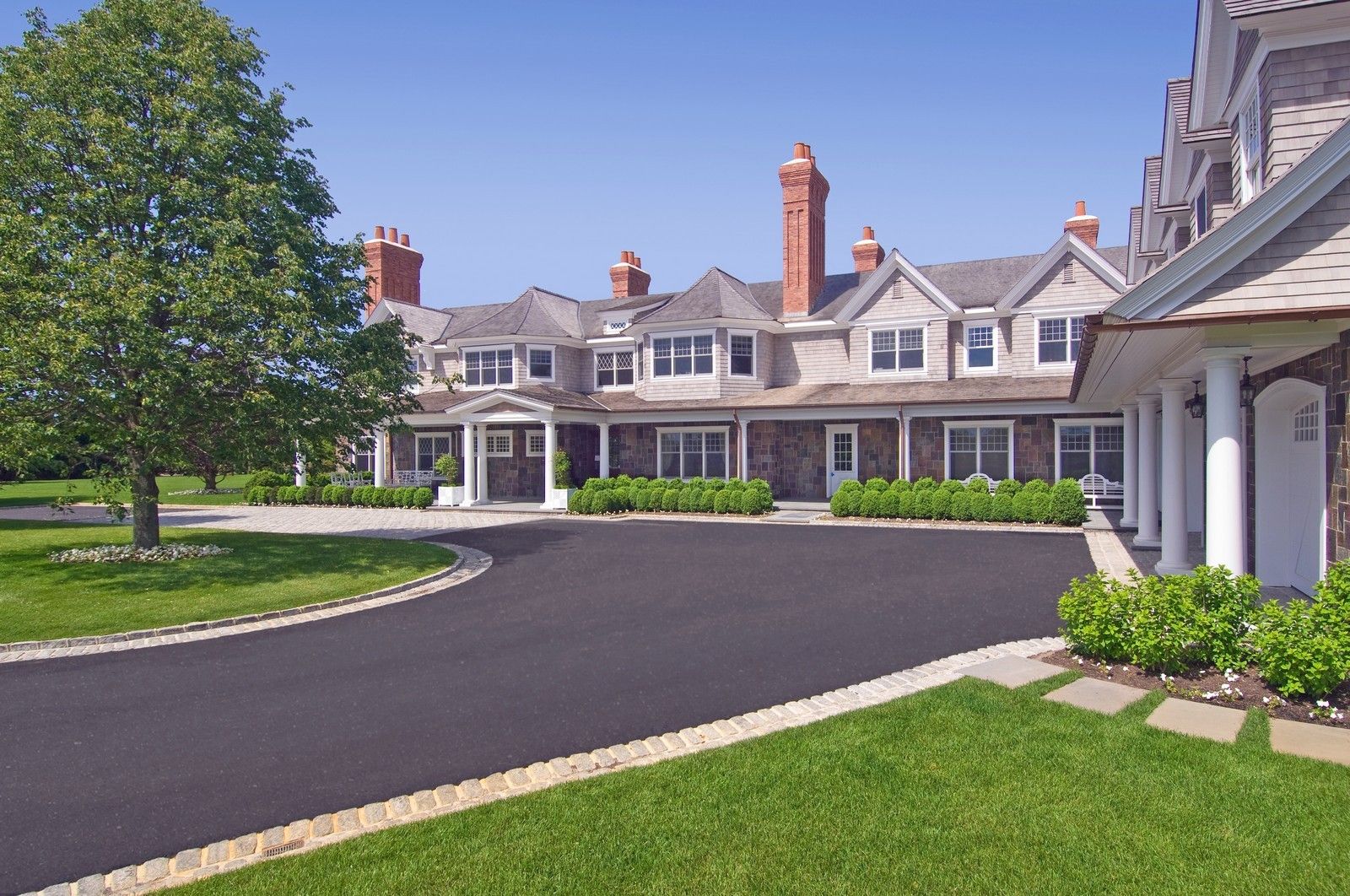 Real Estate Photography - 612 halsey lane, bridgehampton, NY, 11932 - Front View