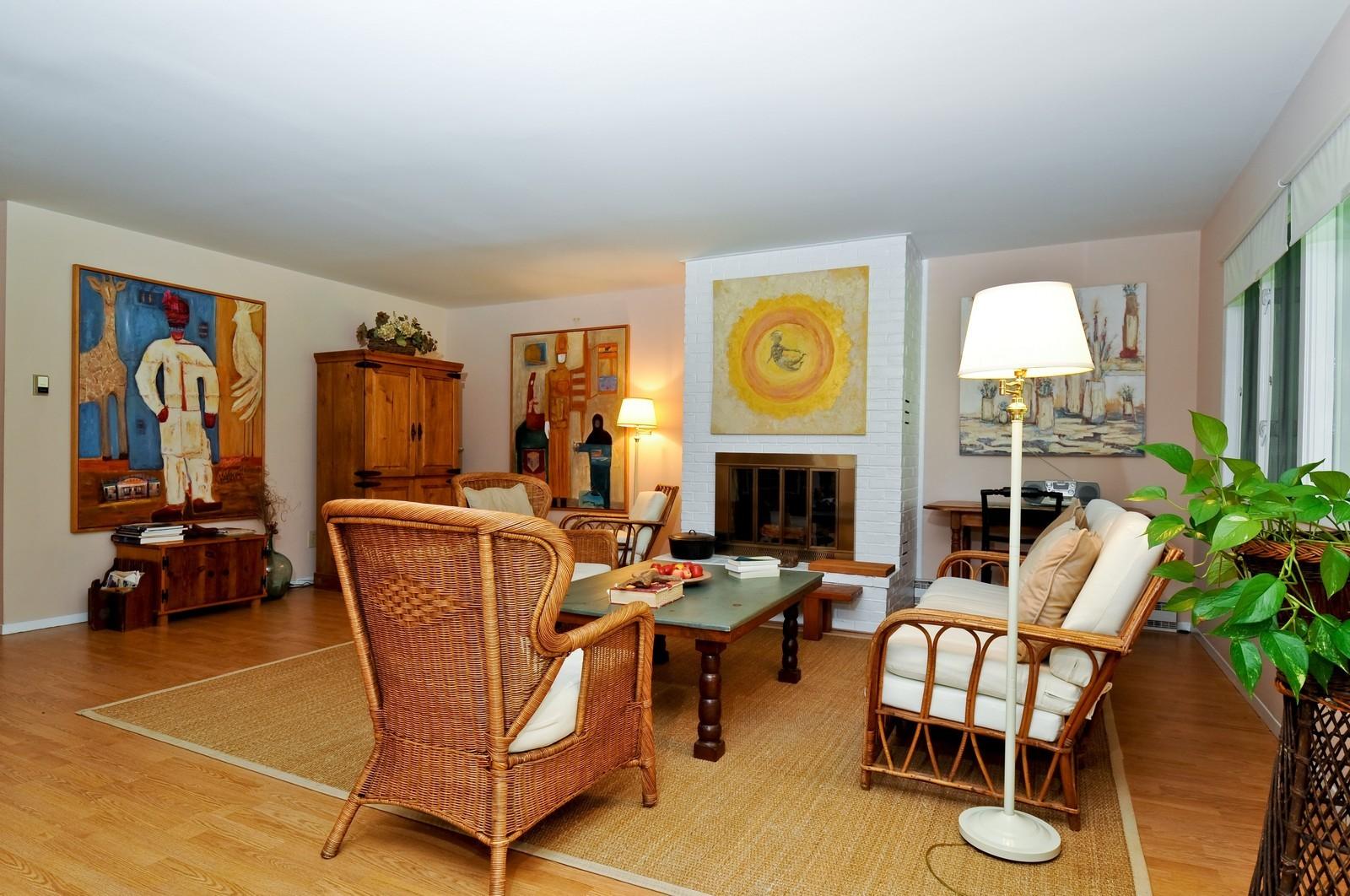 Real Estate Photography   35 Hampton Mews, East Hampton, NY, 11937   Living  ...