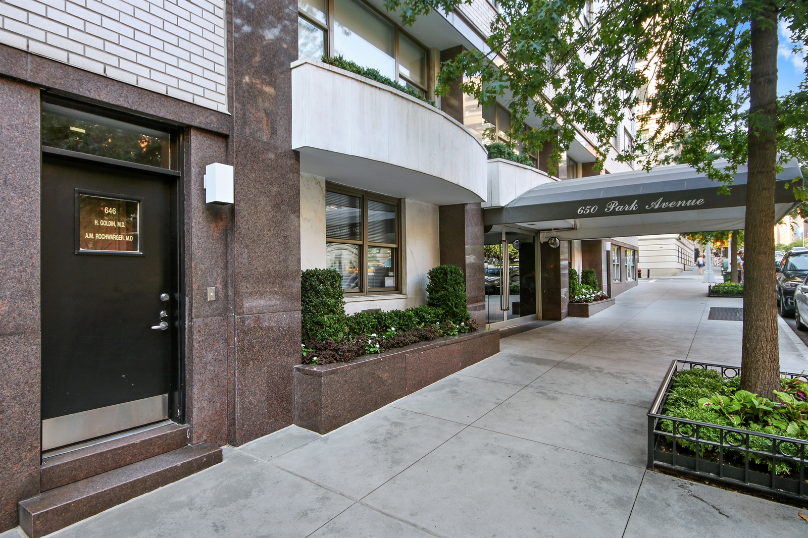 646 Park Avenue Office Exterior
