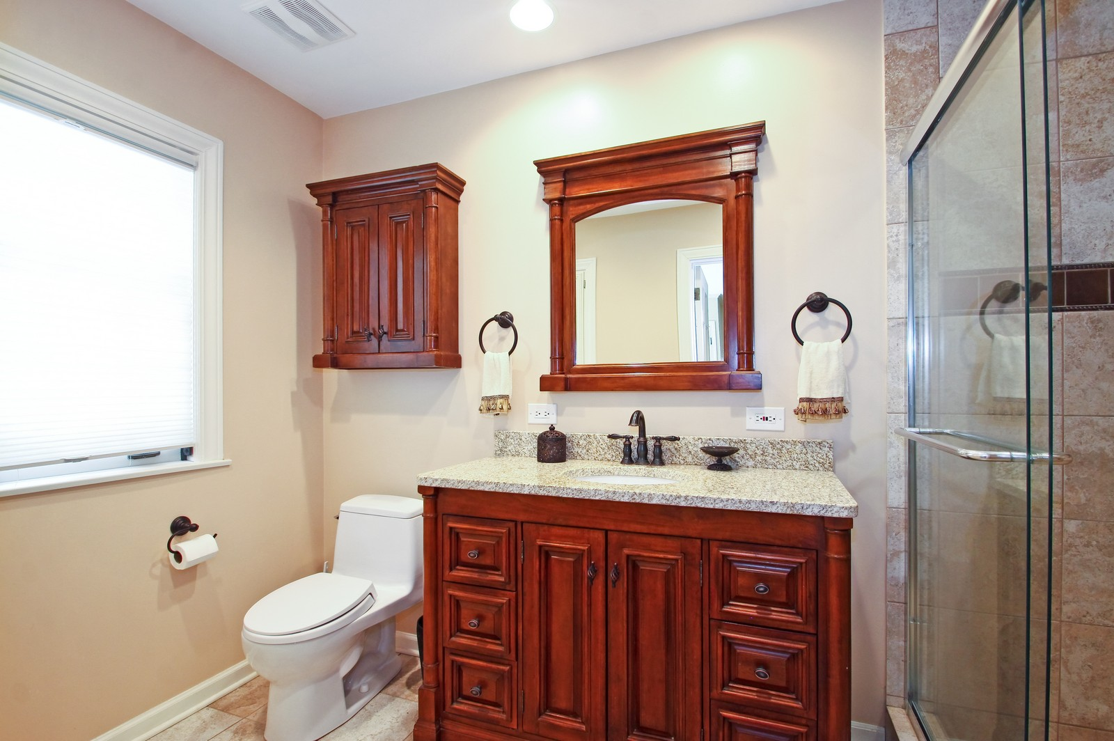 Real Estate Photography - 6750 N Longmeadow Ave, Lincolnwood, IL, 60712 - Master Bathroom