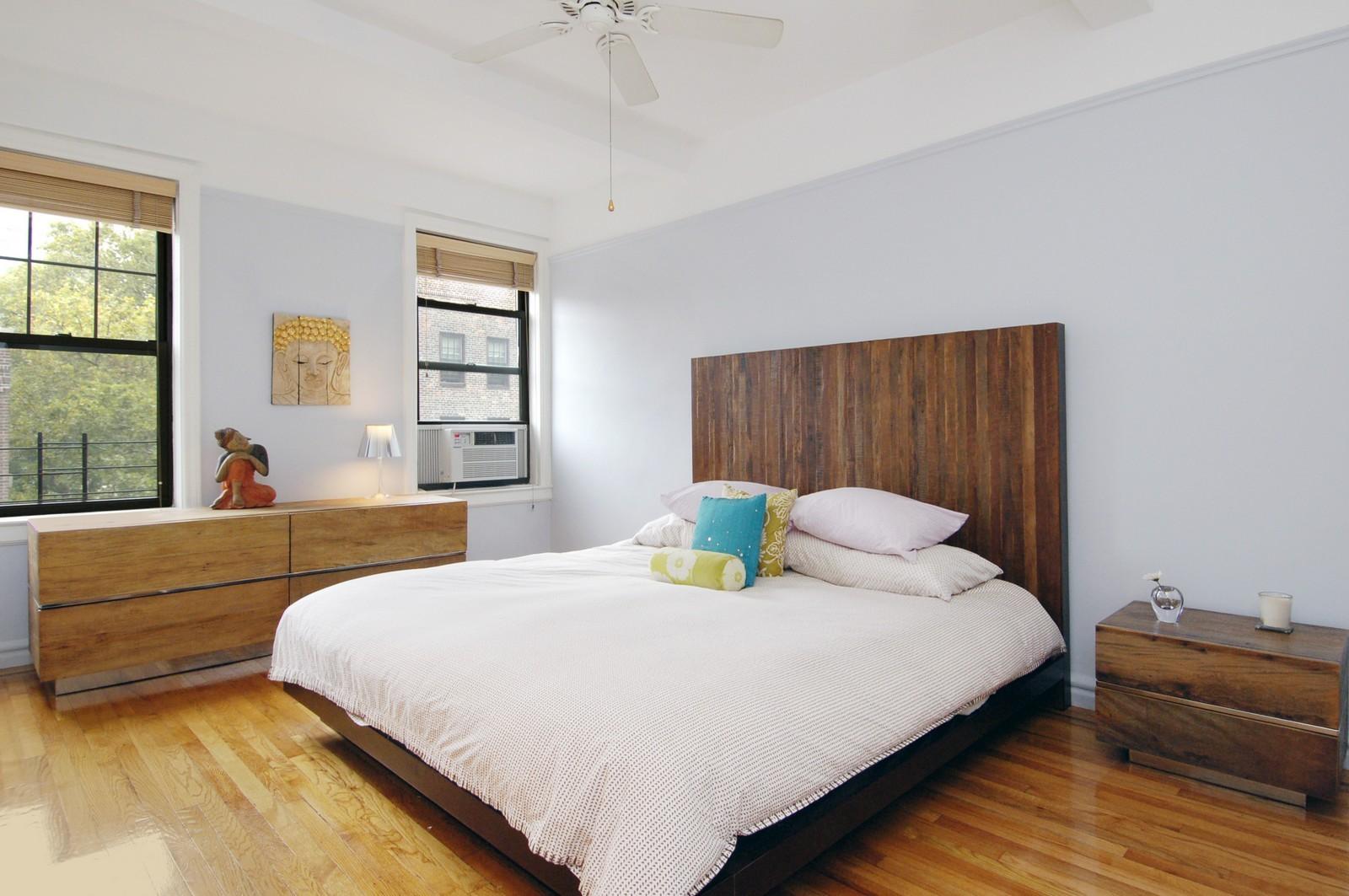 Real Estate Photography - 141 E 3, Apt 4G, New York, NY, 10009 - Bedroom