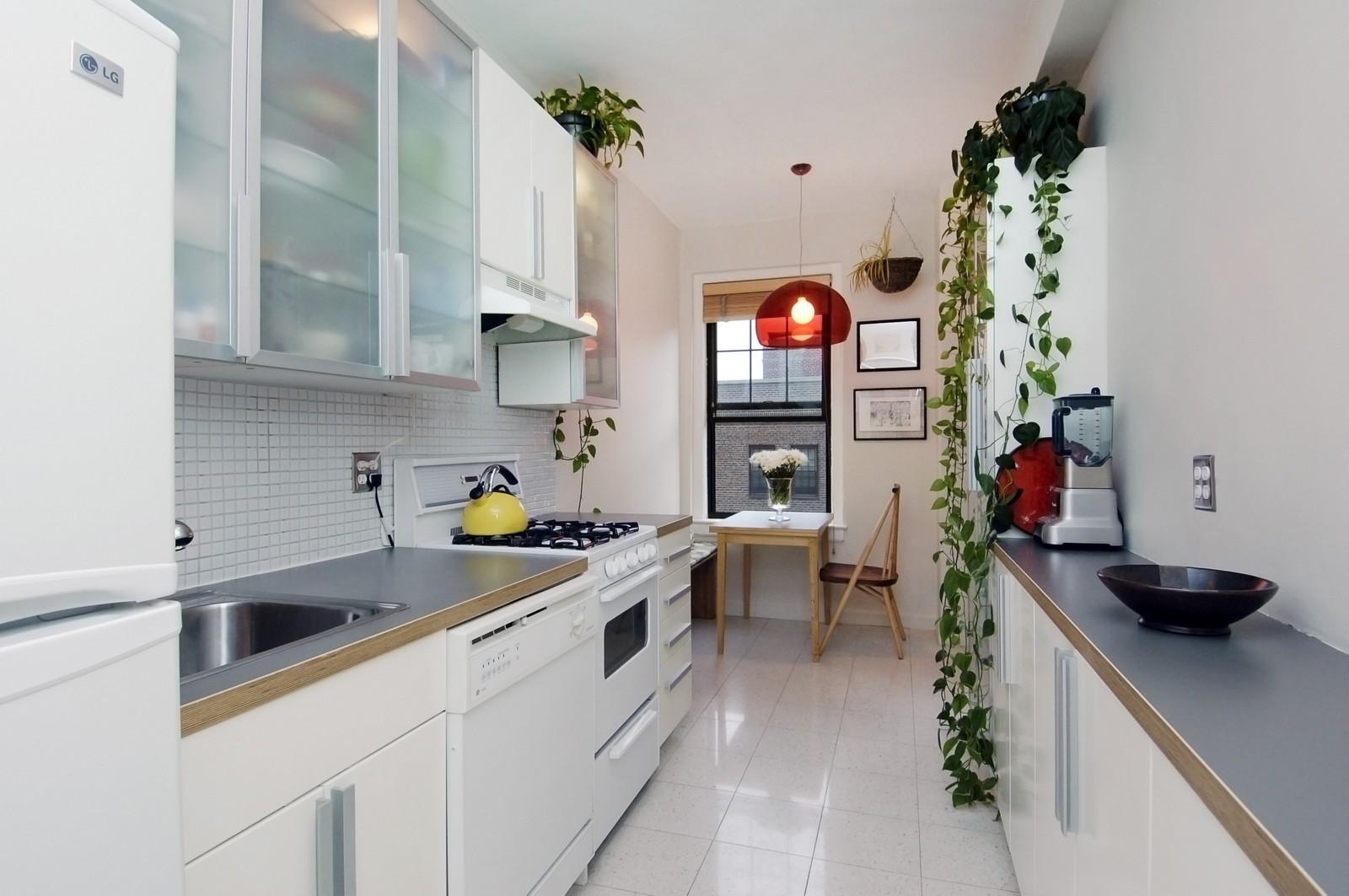 Real Estate Photography - 141 E 3, Apt 4G, New York, NY, 10009 - Kitchen