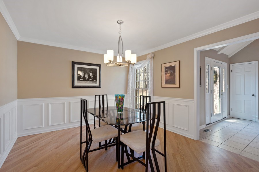 Real Estate Photography - 22023 W. Chestnut Ridge, Kildeer, IL, 60047 - Dining Room
