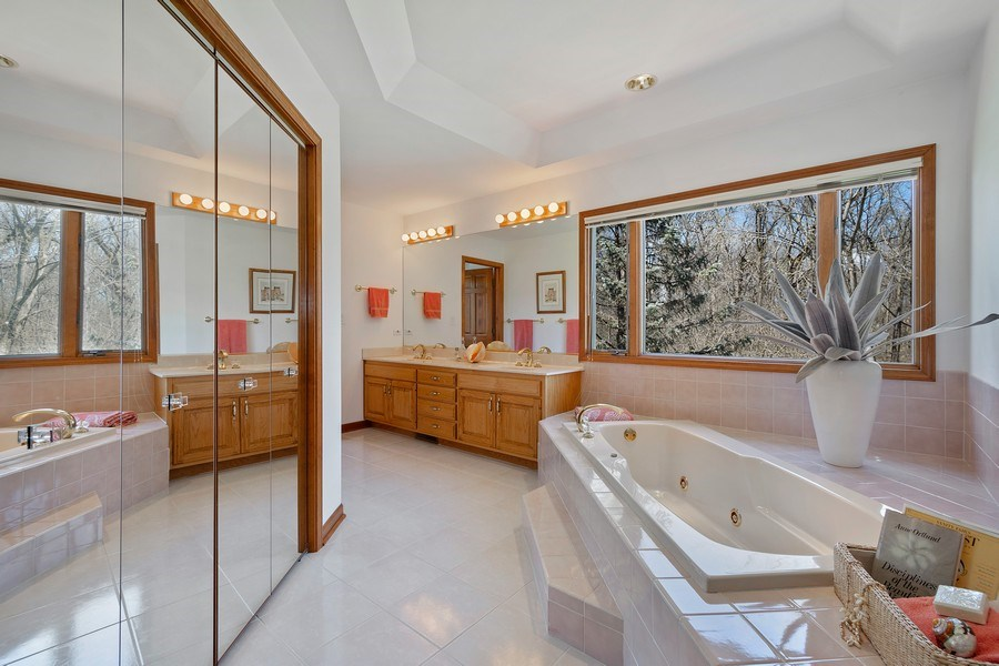 Real Estate Photography - 21362 W. Brandon Road, Kildeer, IL, 60047 - Master Bathroom
