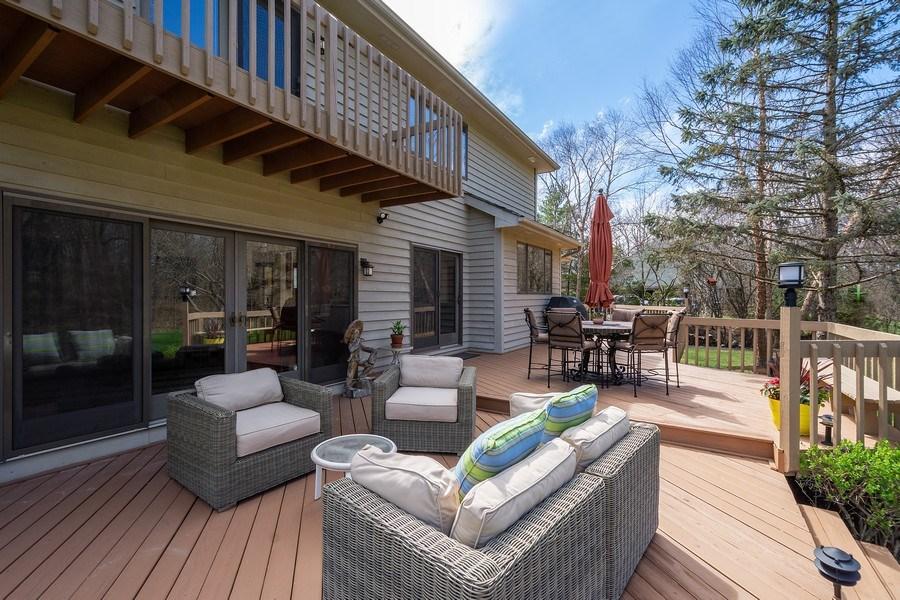 Real Estate Photography - 21362 W. Brandon Road, Kildeer, IL, 60047 - Deck