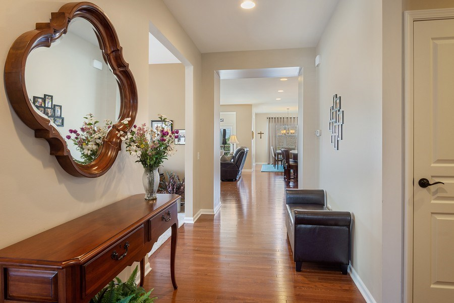 Real Estate Photography - 3440 Rockwell Circle, Mundelein, IL, 60060 - Foyer