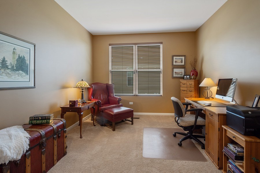 Real Estate Photography - 3440 Rockwell Circle, Mundelein, IL, 60060 - Office