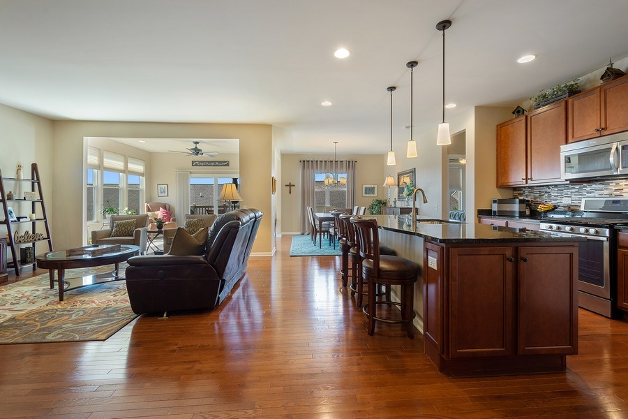 Real Estate Photography - 3440 Rockwell Circle, Mundelein, IL, 60060 - Living Room / Kitchen