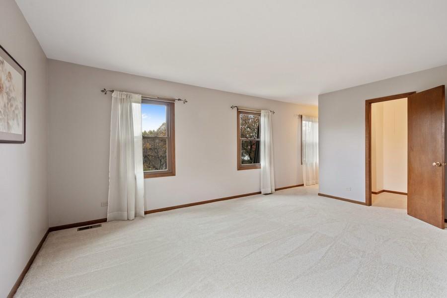 Real Estate Photography - 1869 Burr Ridge Drive, Hoffmann Estates, IL, 60192 - Master Bedroom