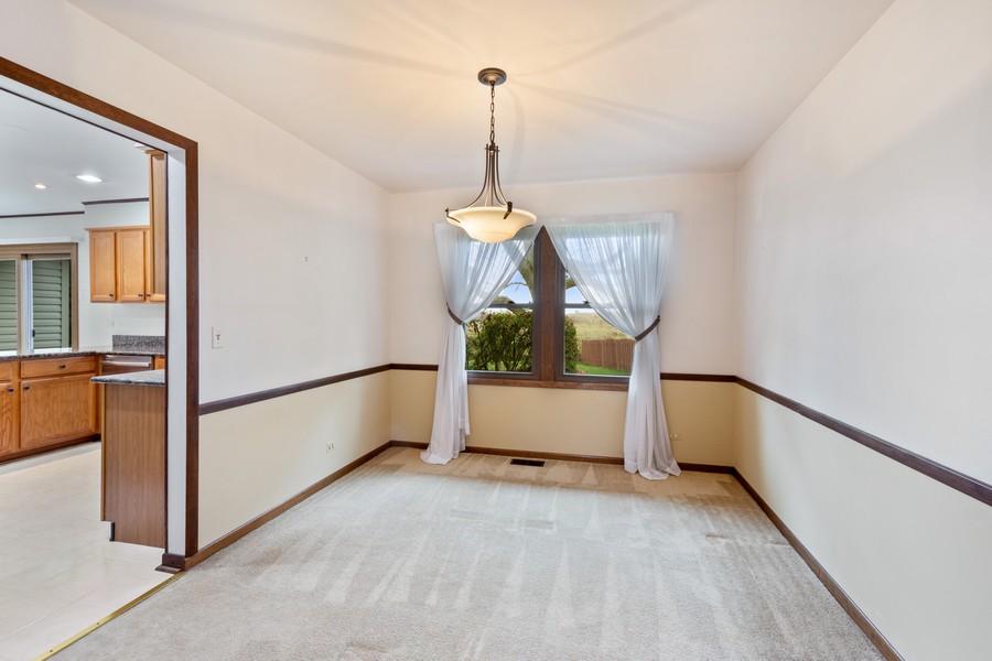 Real Estate Photography - 1869 Burr Ridge Drive, Hoffmann Estates, IL, 60192 - Dining Room