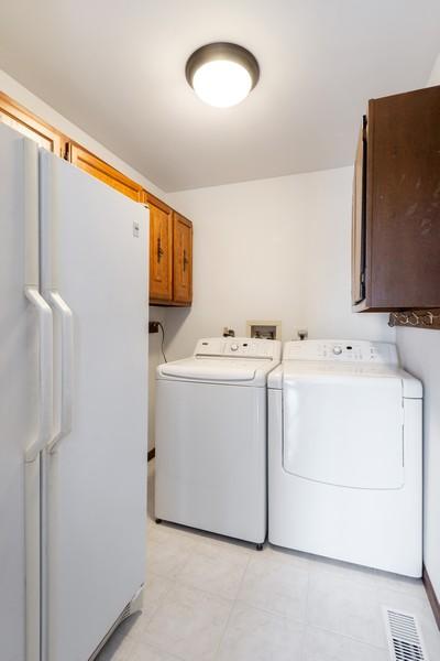 Real Estate Photography - 1869 Burr Ridge Drive, Hoffmann Estates, IL, 60192 - Laundry Room