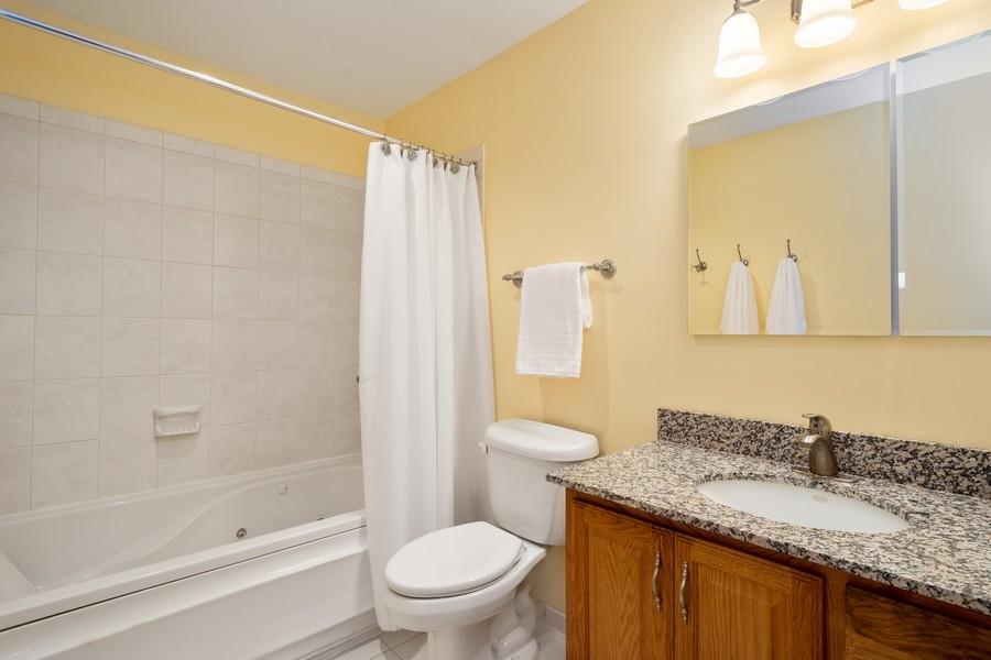 Real Estate Photography - 1869 Burr Ridge Drive, Hoffmann Estates, IL, 60192 - 2nd Bathroom