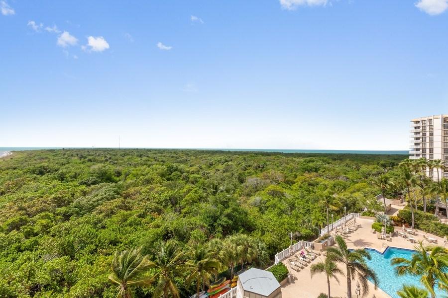 Real Estate Photography - 1111 Crandon Blvd, Unit B701, Key Biscayne, FL, 33149 - View