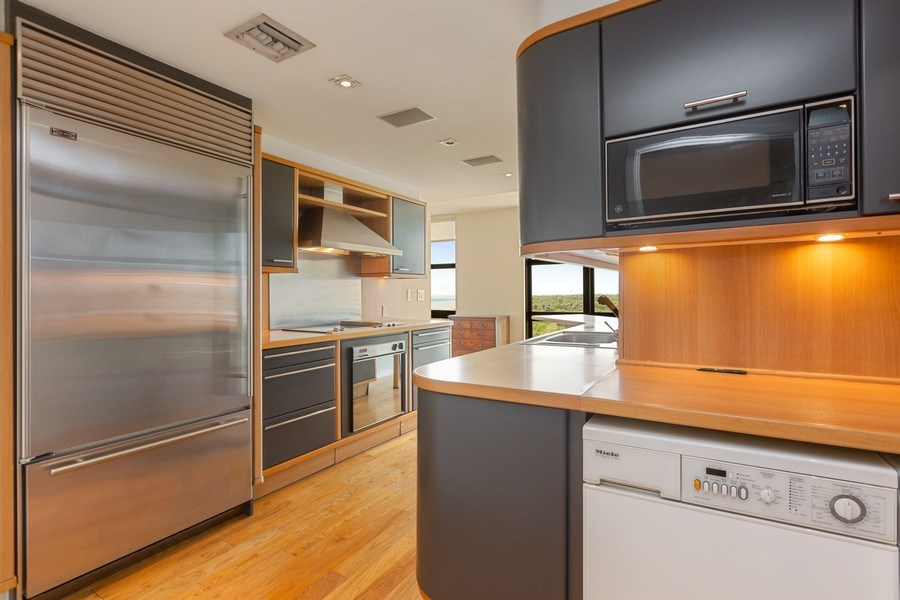 Real Estate Photography - 1111 Crandon Blvd, Unit B701, Key Biscayne, FL, 33149 - Kitchen