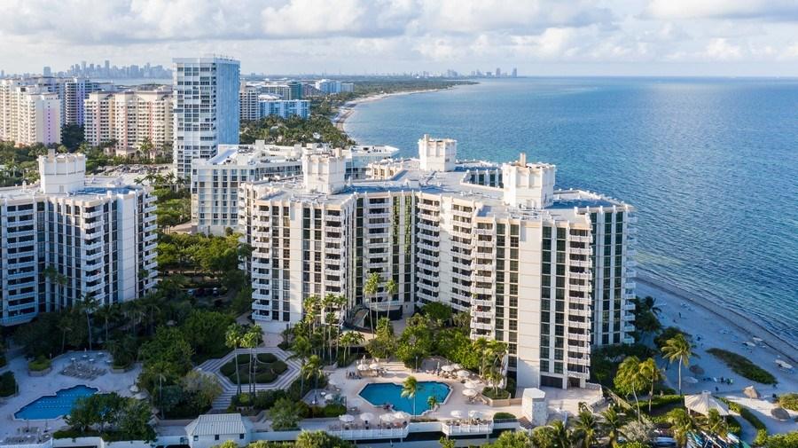 Real Estate Photography - 1111 Crandon Blvd, Unit B701, Key Biscayne, FL, 33149 - Aerial View