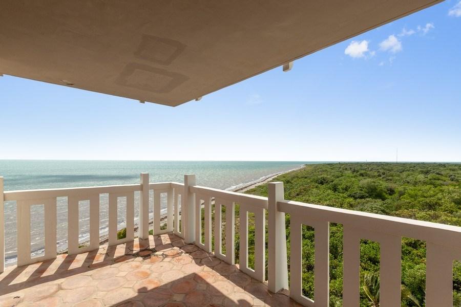 Real Estate Photography - 1111 Crandon Blvd, Unit B701, Key Biscayne, FL, 33149 -