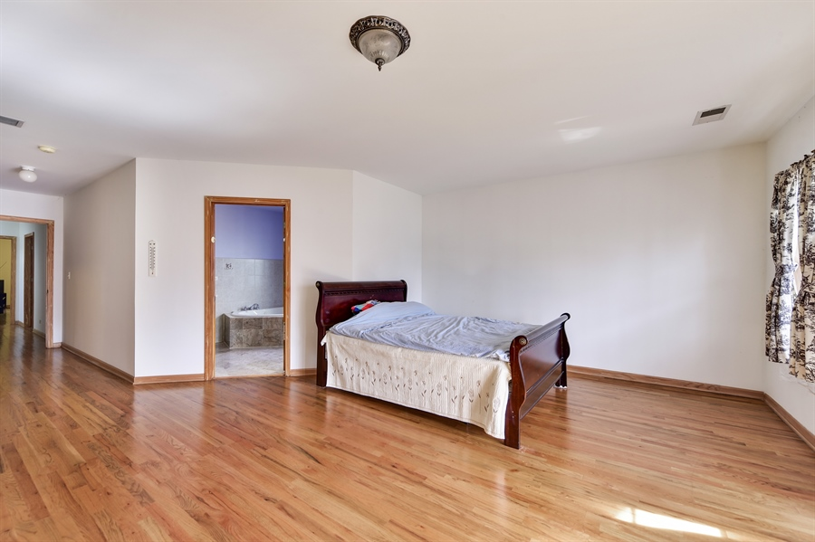 Real Estate Photography - 2930 N Rockwell St, Chicago, IL, 60618 - Master Bedroom