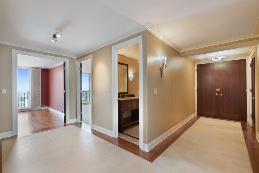 Real Estate Photography - 1212 N Lake Shore Drive, 32AS, Chicago, IL, 60610 - Foyer