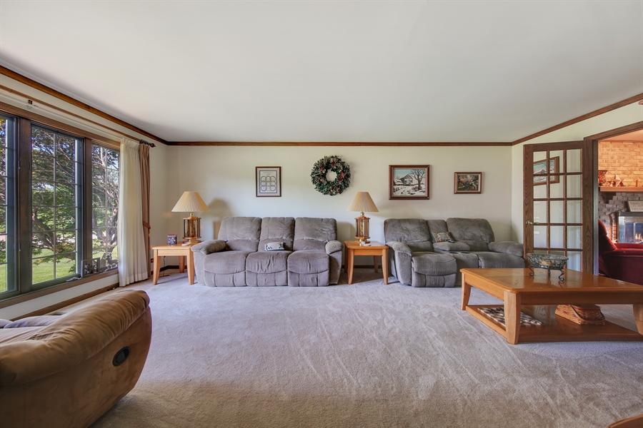 Real Estate Photography - 13530 Arctic Lane, Lemont, IL, 60439 - Living Room