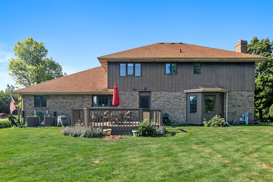 Real Estate Photography - 13530 Arctic Lane, Lemont, IL, 60439 - Rear View