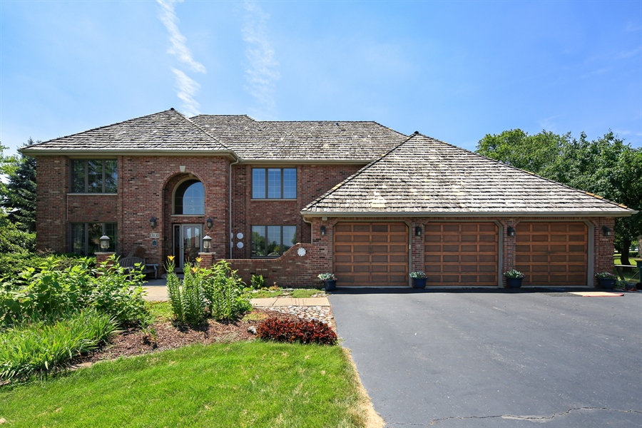 Real Estate Photography - 13130 Fox Hill Drive, Lemont, IL, 60439 - Front View