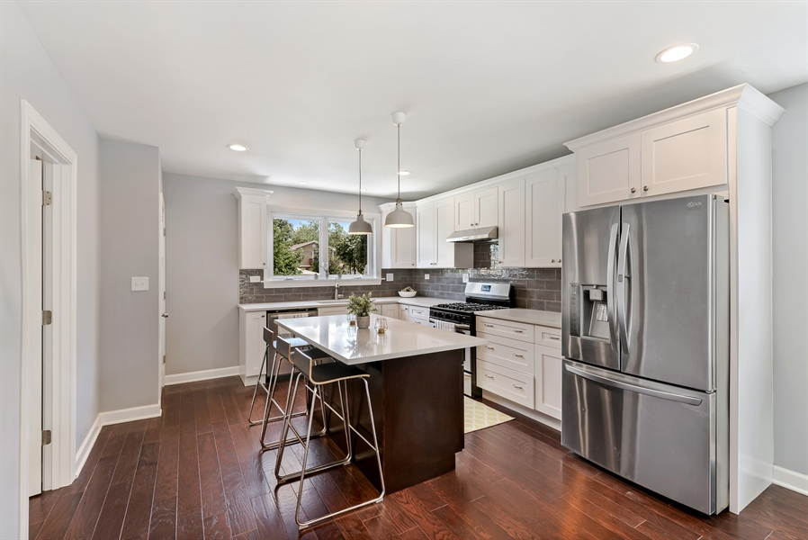 Real Estate Photography - 3325 N Osceola Avenue, Chicago, IL, 60634 - Kitchen