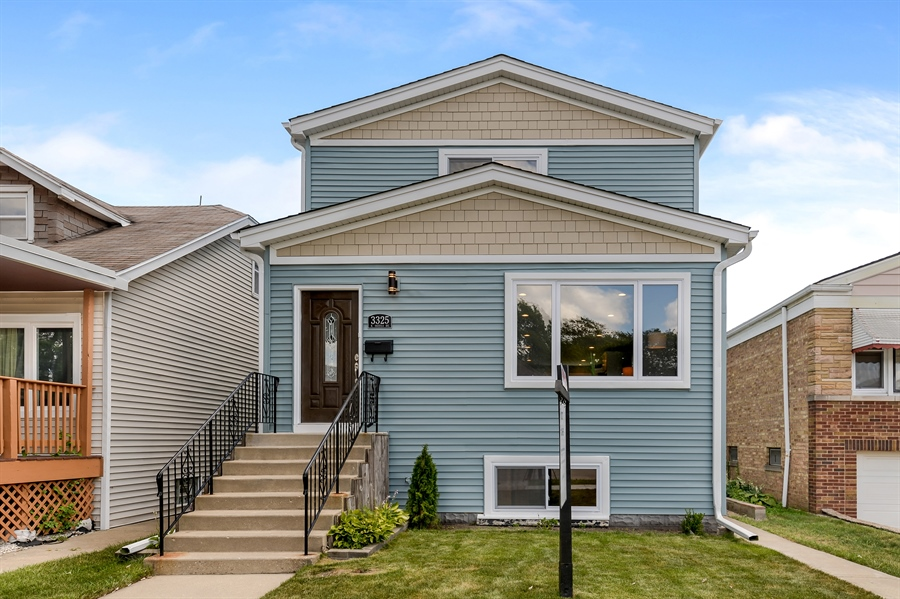 Real Estate Photography - 3325 N Osceola Avenue, Chicago, IL, 60634 - Front View