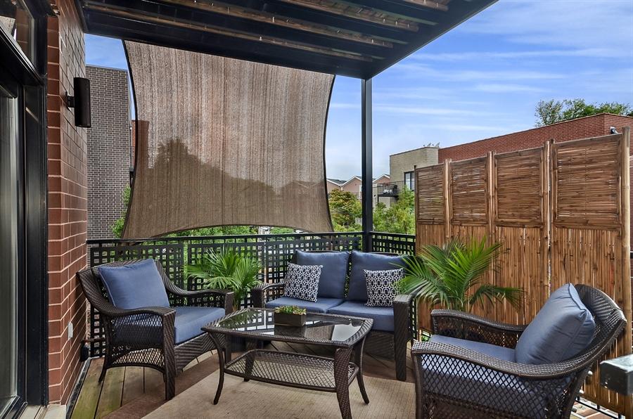 Real Estate Photography - 850 W Aldine, 3, Chicago, IL, 60657 - Family Room Terrace
