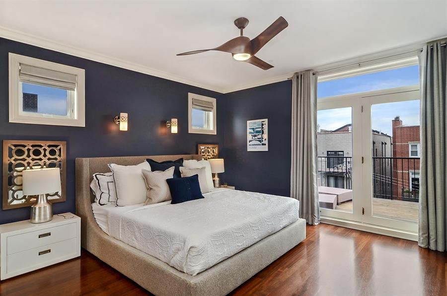 Real Estate Photography - 850 W Aldine, 3, Chicago, IL, 60657 - Master Bedroom