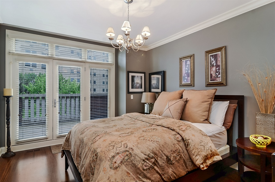 Real Estate Photography - 850 W Aldine, 3, Chicago, IL, 60657 - 2nd Bedroom