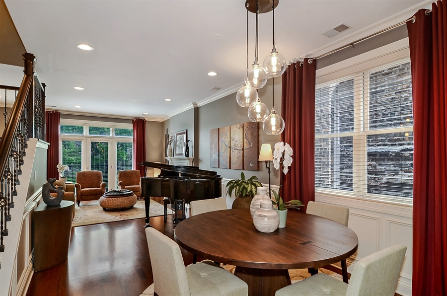 Real Estate Photography - 850 W Aldine, 3, Chicago, IL, 60657 - Dining Room
