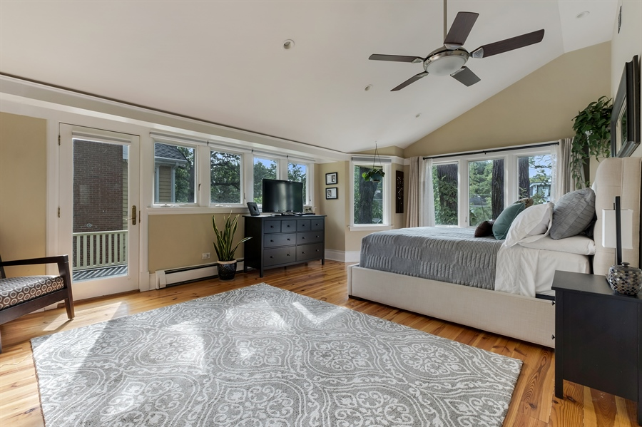 Real Estate Photography - 1241 Maple Ave, Wilmette, IL, 60091 - Master Bedroom
