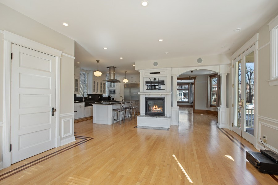 Real Estate Photography - 1241 Maple Ave, Wilmette, IL, 60091 -