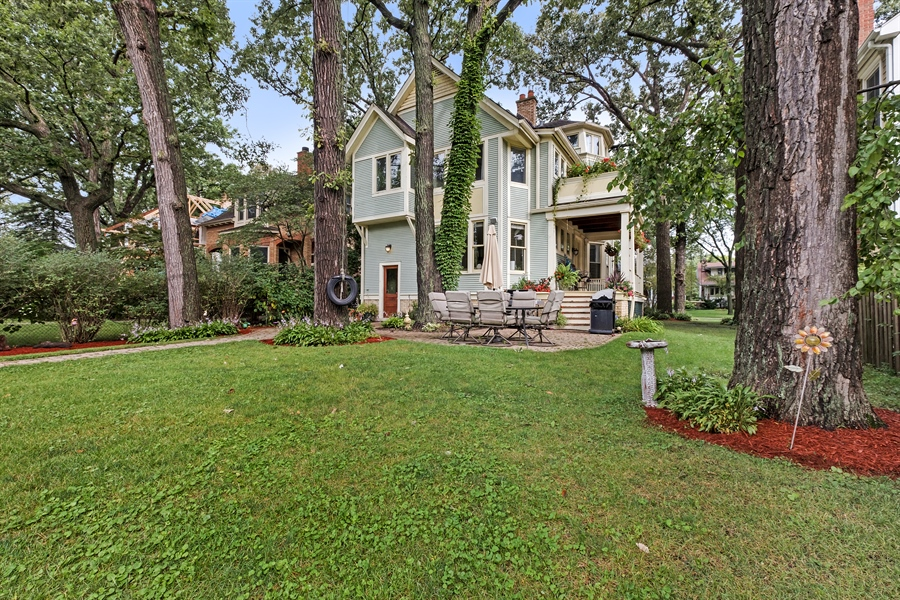 Real Estate Photography - 1241 Maple Ave, Wilmette, IL, 60091 - Rear View