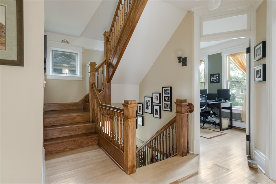 Real Estate Photography - 1241 Maple Ave, Wilmette, IL, 60091 - Staircase