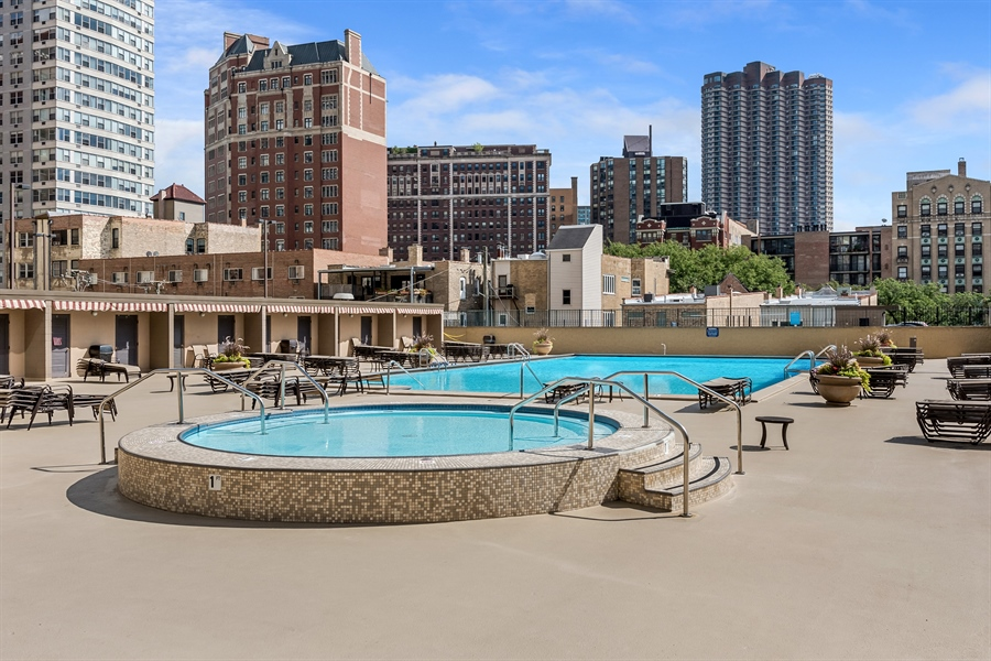 Real Estate Photography - 655 W Irving Park Rd, 2802, Chicago, IL, 60613 - Pool