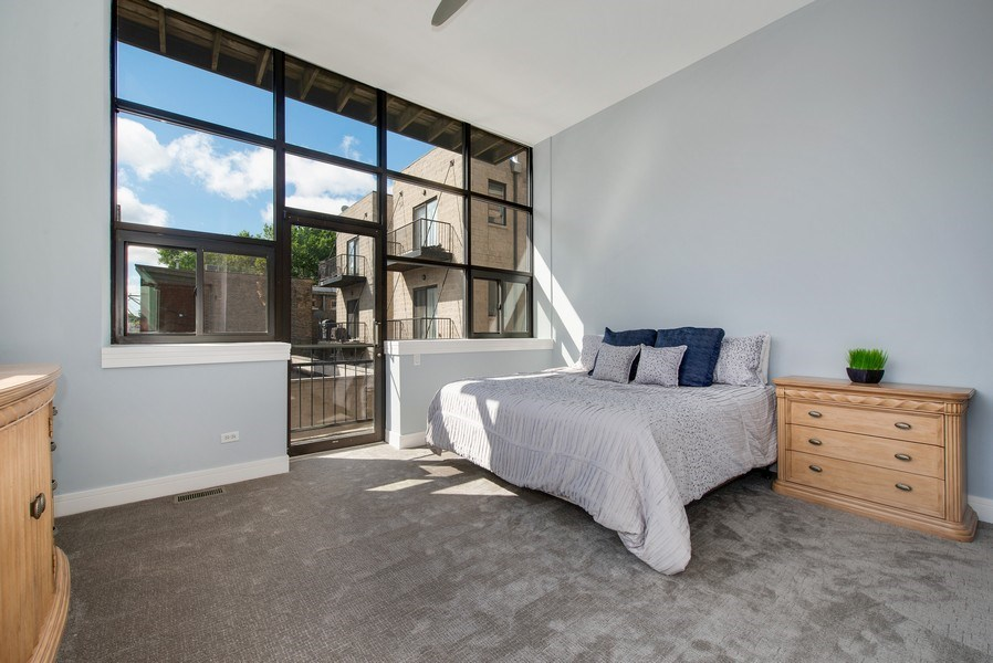 Real Estate Photography - 1137 N. Wood, 1H, Chicago, IL, 60622 - Master Bedroom